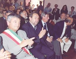 I sindaci Carlo Roventini, Loriano Mencarelli, Giovanni Fratini e Franco Bezzini in occasione della cerimonia del cinquantesimo del Comune